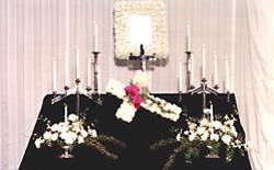 キリスト教の葬儀施行画像